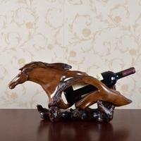 Американский Стиль Творческий поддельные резные деревянные скульптуры лошадей абстрактные скульптуры вино стойки, декоративные смолы рем