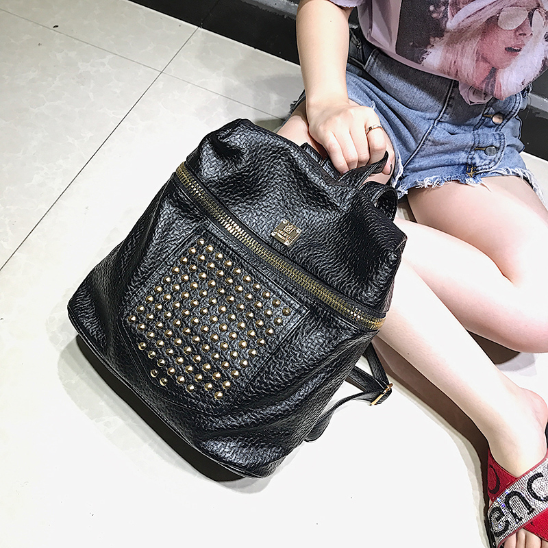2018 New Studded Backpack Women Men Students School Bag Punk Designer Brand Black Soft Backpack Lady Casual Shoulder Bag Bagpack
