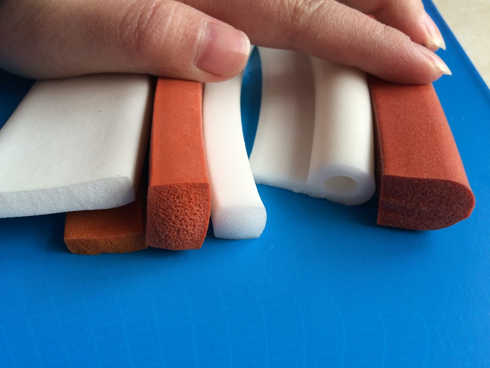 Direct Selling Excellent Extrued Silicone Foam Strip, 3X30mmX5meters Foam Silicon Strip, Sealing purpose, White Color