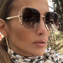 Pop Age 2018 Vintage Diamond Square Sunglasses Women New Crystal Celebrity Sun Glasses Ladies Brand Designer Oculos de Sol Shade