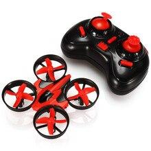 En la Acción!! Eachine E010 Mini 2.4G 4CH 6 Axis 3D Modo Sin Cabeza Función de memoria RC Quadcopter RTF RC Pequeño Regalo Del Cabrito juguetes