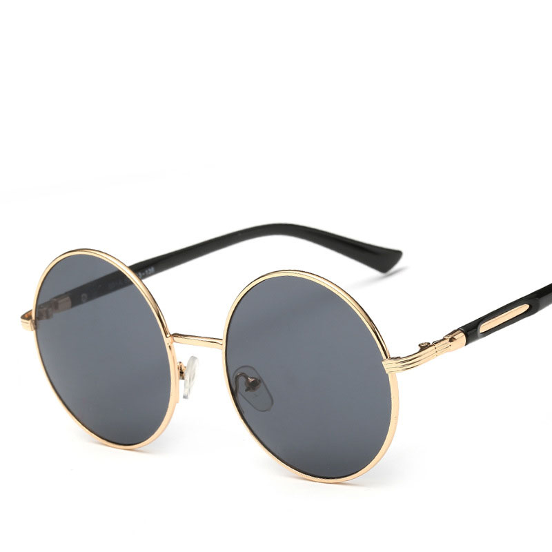 Carter Marca lunette Mulheres designer de óculos de Sol redondos 2017  steampunk óculos Feminino Óculos de Sol do aviador Motorista Óculos de  Condução em ... 58e0cb1eb2