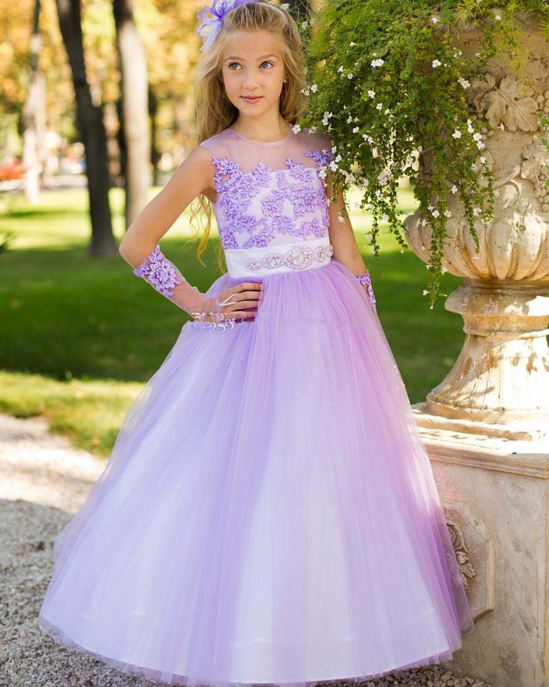 Fashion Scoop Neck Tulle Appliques Tops   Flower     Girls     Dresses   Floor Length A Line Prom Gown for Wedding Party Pageant Custom Made
