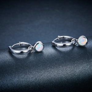 Image 2 - אופל חן קליפ עגילי 925 Jewelrys נשים של עגיל עגול 5mm נוצר אופל רב צבע כסף עגיל קלאסי סגנון מתנות
