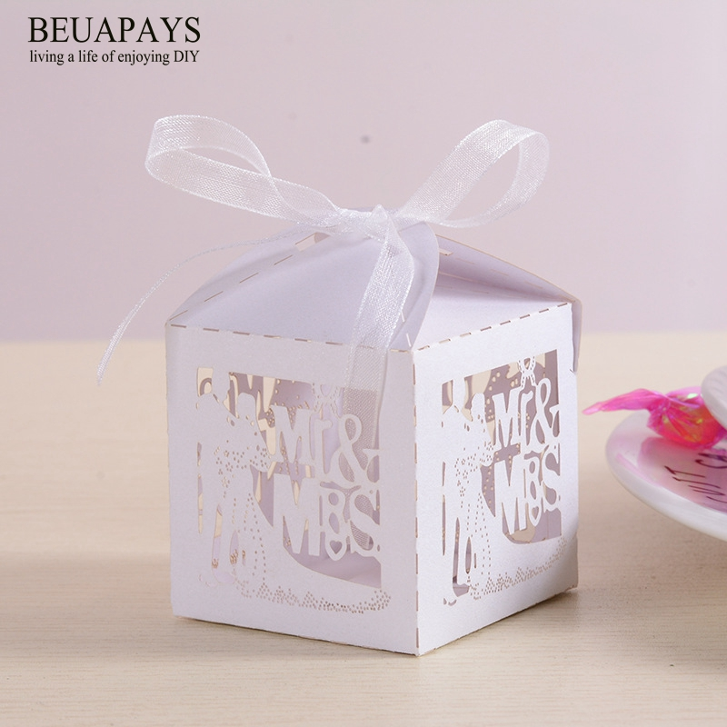 Us 1275 21 Off20pcs Diy Wedding Gift Boxes Bags Mr Mrs 3d Hollowed Dress Sweetheart Candy Box Wedding Gift Box Gift Bag Wedding Decoration In