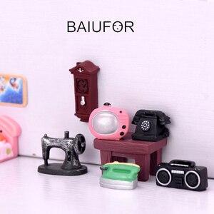Baiufor miniaturas móveis retro tv rádio fã relógio de parede, acessórios casa boneca diy estatuetas terrário fadas decoração do jardim