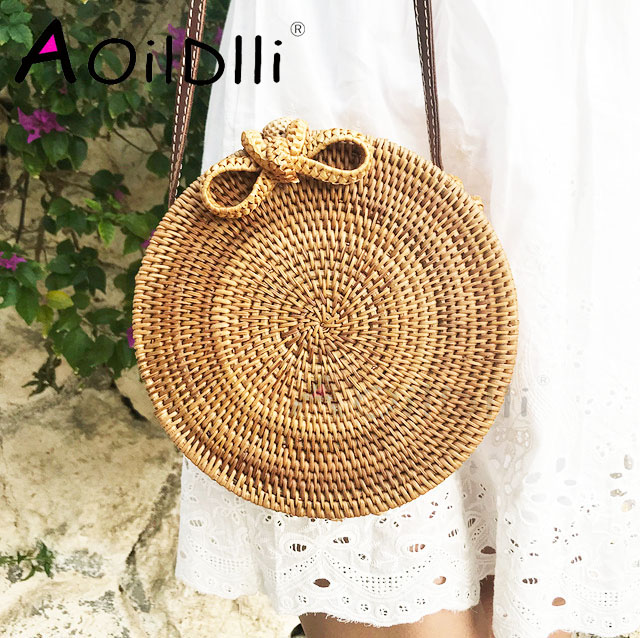 Round Straw Bags For Women Summer Beach Shoulder Bag Rattan Handmade Woven Crossbody Circle Bag Bohemia bowknot Handbags Bali stylish bowknot decorated wavy edge beach straw hat for women