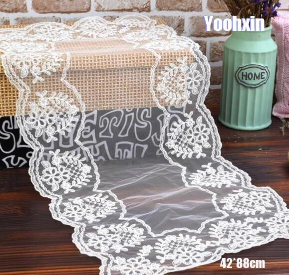 Modern Lace Embroidery White Bed Table Runner Cloth Cover
