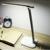 2016 Novo Candeeiro de Mesa Dobrável Mesa De Leitura Levou, Ajustável Portátil Brilhante 7 W LED Mini Luz do Livro de Leitura
