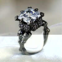 Brand Punk Jewelry Skull 10KT Black Gold Filled Demon Princess 4CT White Sapphire Cocktail Bands Ring