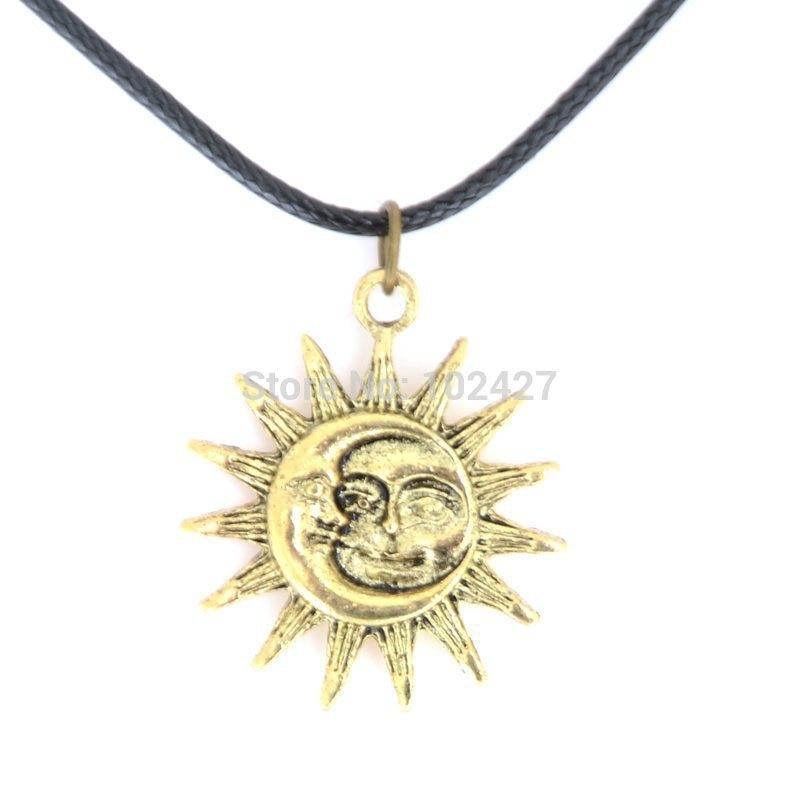2015 nouvelle mode rétro Sun Moon visage pendentif noir en cuir chaîne  collier ras du cou bijoux pour femmes 8ca8f8364ff3