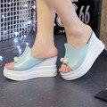 Designer Sexy Beading Mulheres Sandálias Plataforma Verão Cunhas Chinelos de Salto Grosso