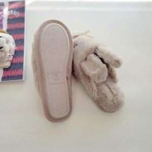 Image 4 - Женские домашние тапочки, теплая зимняя Милая домашняя обувь, комнатная обувь для взрослых, девочек, Дамская обувь на мягкой плоской подошве