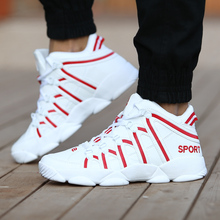 GUDERIAN nouveau 2019 en cuir baskets pour hommes chaussures de créateur hommes respirant à lacets en plein air marche décontracté amoureux chaussures Zapatillas