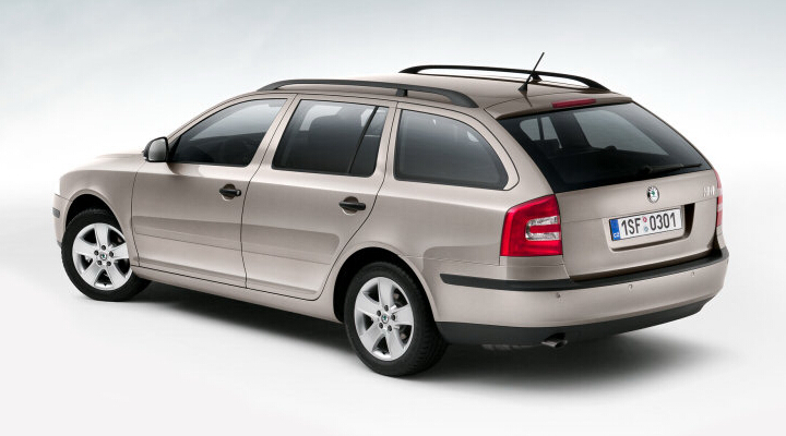 _Octavia Tour_Wagon_2010
