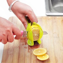 Kitchen Tomato Slicer ABS Plastic Cutter Slicer Kitchen Gadgets Lemon Orange Fruit Knife Cake Holder Cooking Tool Russian Style