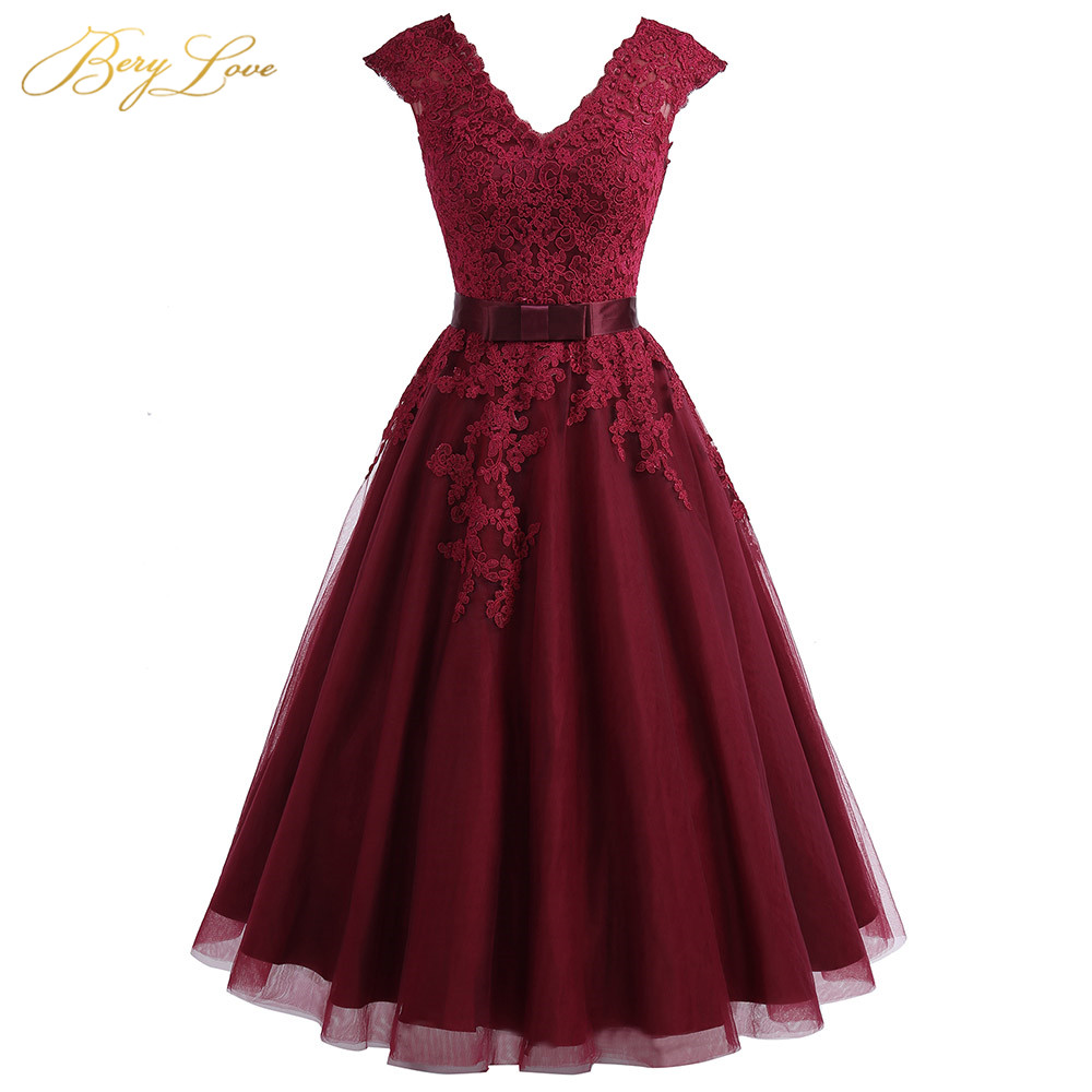 Cheap Tea Length Burgundy Homecoming Dress 2020 Short V Neck Lace Homecoming Dress Cap Sleeves Plus Graduation Dress Gown