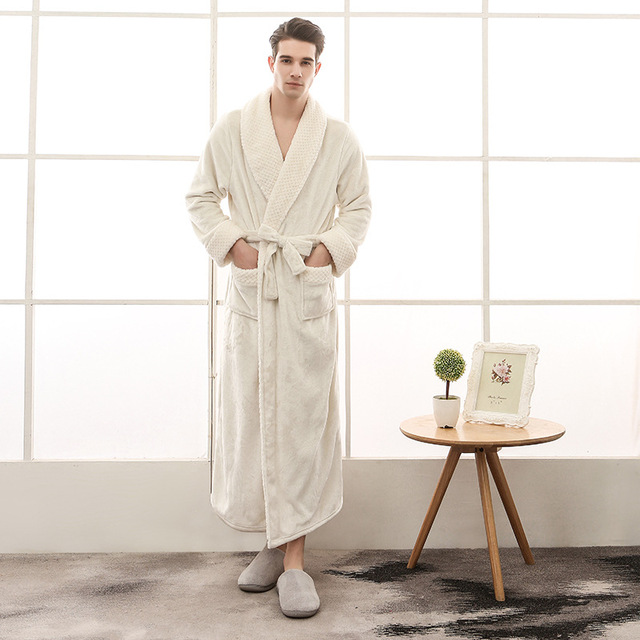 NIUNIUSHOW Winter Lovers Bathrobe Men Women Long thickening Kimono Bath  Male Flannel 4cf7d9c92