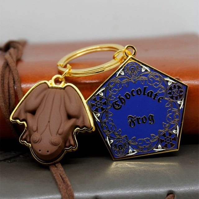 Hogwarts School of Witchcraft and Wizardry keychain pendants necklace Gryffindor classic fashion Chaveiro Jewelry Accessories