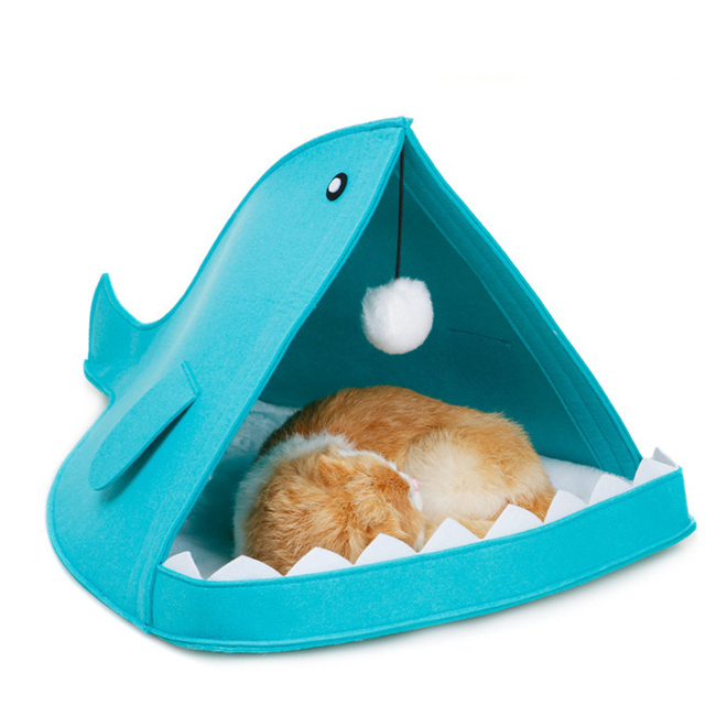 Creative Cute Pet Bed Blue Gray Shark Shape Dog Cage With Hanging Hairball All Season Breathable Cat House Pet Sleeping Supplies 1