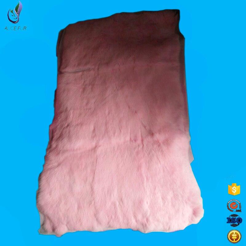 Approvisionnement d'usine de fourrure chinoise personnalisé peaux de lapin réel peaux avec prix de gros