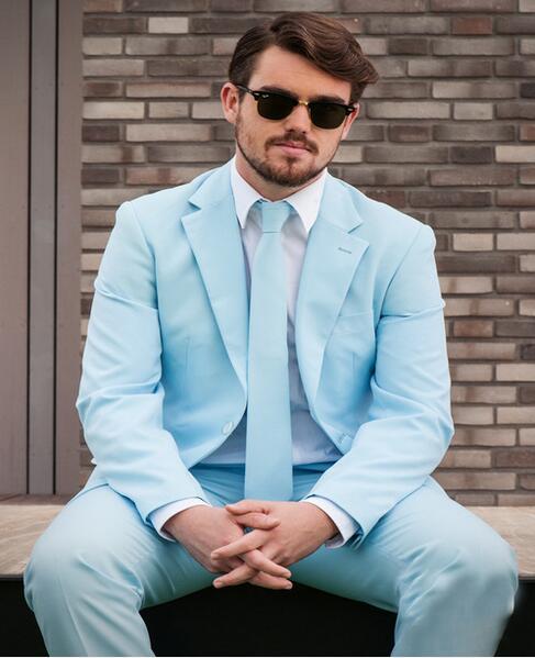 Helder Nieuwe Stijl Hot Slim Fit Bruidegom Tuxedos Lichtblauw Suits Mannelijke Toevallige Effen Kleur Blazers (jas + Broek) 206 Zowel De Kwaliteit Van Vasthoudendheid Als Hardheid Hebben