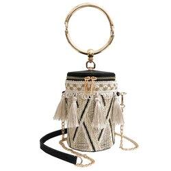 2018 новые модные летние сумки высокого качества соломенная сумка Для женщин Сумка круглая сумка ручной металлическое кольцо цепи кисточкой ...
