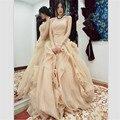 2015 Seductor vestido de Bola Del Organza Vestido de Boda Atractivo Sin Tirantes de Las Colmenas Vestidos de Novia Con El Arco de Encargo Robe De Mariage
