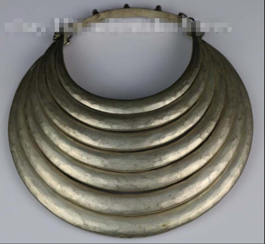 цена на Tribal exotic chinese handmade miao silver necklace