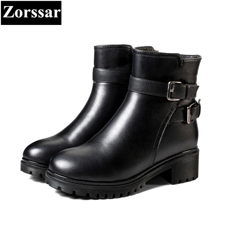 все цены на {Zorssar} New fashion buckle Genuine Leather womens boots Solid Med heel ankle Motorcycle boots winter women shoes bottine femme онлайн