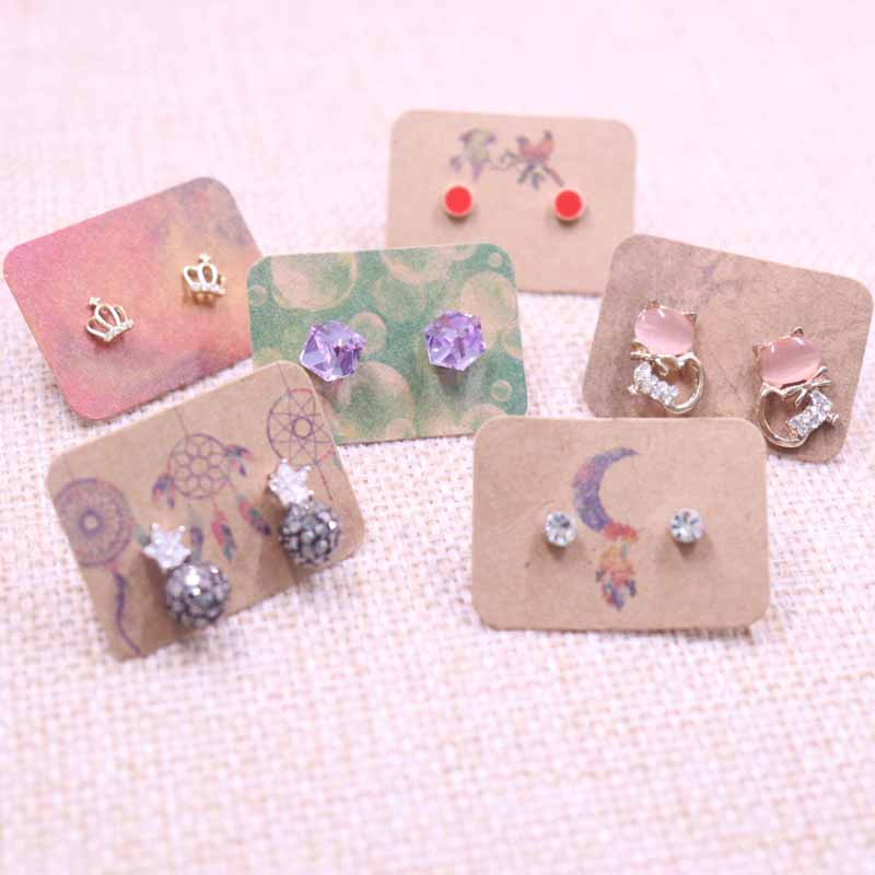 100Pcs 2.5x3.5cm New Arrival Kraft Paper Earring Cards Hang Tag Jewelry Display Ear Stud Cards Colorful Print Earring Tag Card