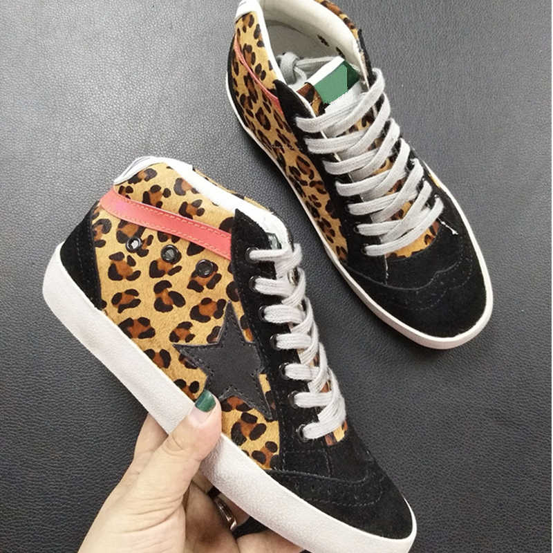 Women Casual Shoes Genuine Leather Do Old Dirty Shoes Mixed Color Women  Sequins Fashion Golden Star a8cd6fbbd404