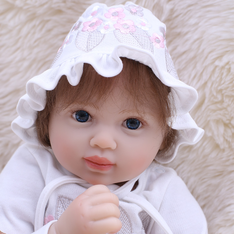 50cm Soft Cloth Body Lifelike Toddler Baby Girl with Plush Toy and Cute Hat Clothes Silicone Reborn Baby Dolls50cm Soft Cloth Body Lifelike Toddler Baby Girl with Plush Toy and Cute Hat Clothes Silicone Reborn Baby Dolls