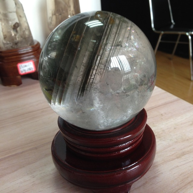 AAA+++ 92mm Natural Clear Quartz Crystal Home Decoration Accessories Ornaments Green Phantom Crystal Sphere Ball Christmas Decor