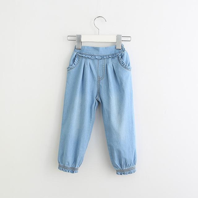 2017 Nuevos Volantes de Las Muchachas Pantalones Vaqueros Bolsillos Vendimia de La Manera Niños Lindos Pantalones de Primavera y Verano