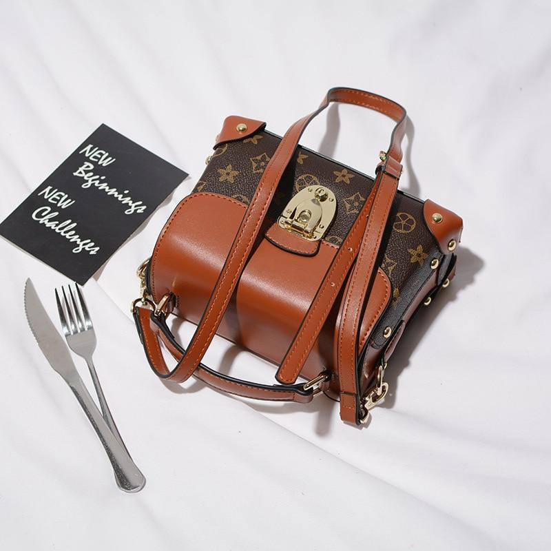 ФОТО Brand Women Handbag Genuine Leather Tote Bag Female Classic Prints Shoulder Bags Ladies Cowhide Rivet Handbags Messenger Bag