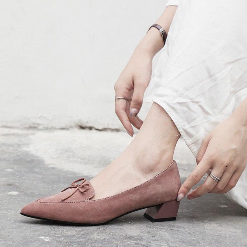 2019 primavera nuovo arco di spessore con scarpe di cuoio a punta selvaggio basso per aiutare scarpe da donna scarpe da lavoro.2019 primavera nuovo arco di spessore con scarpe di cuoio a punta selvaggio basso per aiutare scarpe da donna scarpe da lavoro.