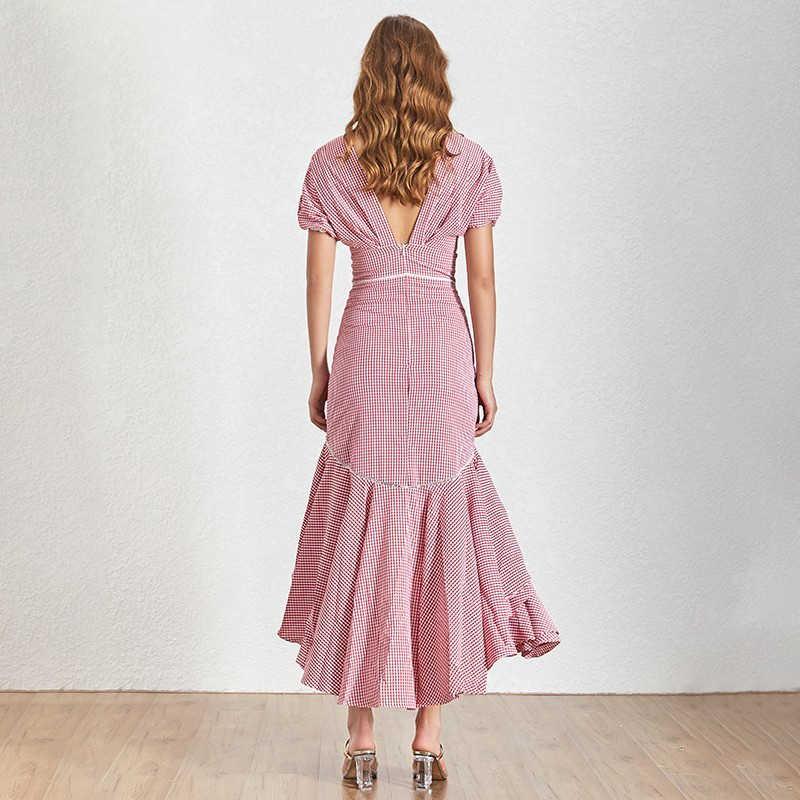 Клетчатое платье TWOTWINSTYLE, с v-образным вырезом и пышными рукавами, с высокой талией, асимметричное, летнее, 2019