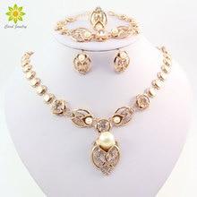 Oro color imitación perla boda traje collar Pendientes Sets moda romántica cristal claro Mujeres Partido regalo Juegos de joyería