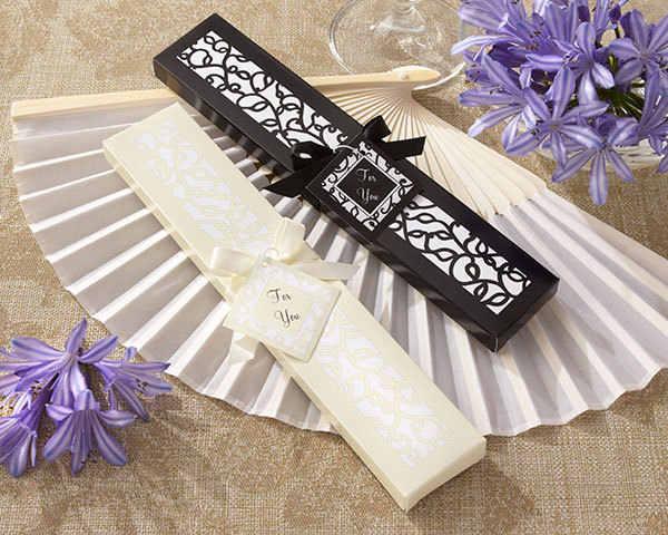 1 stücke Luxuriöse Seide Falten hand Fan in Elegante Laser-Cut Geschenk Box (schwarz; elfenbein; rosa) + Gastgeschenke/hochzeitsgeschenke