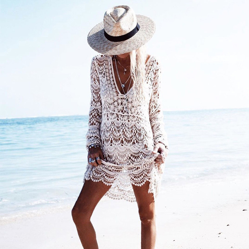 2018 Sexy Beach Cover up Crochet White Deep V Swimwear Dress Ladies Bathing Suit Flower Cover ups Beach Tunic Saida de Praia