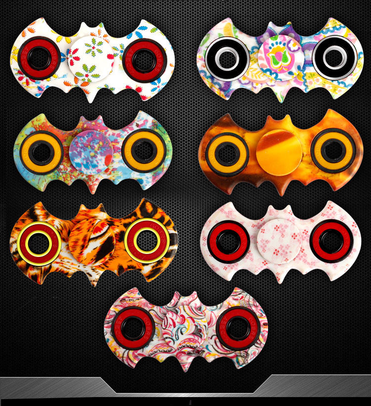 2017 Hot sales Bat Hand Spinner Tri Fidget Toys 3D Figit Figet EDC 360 Spin Anti