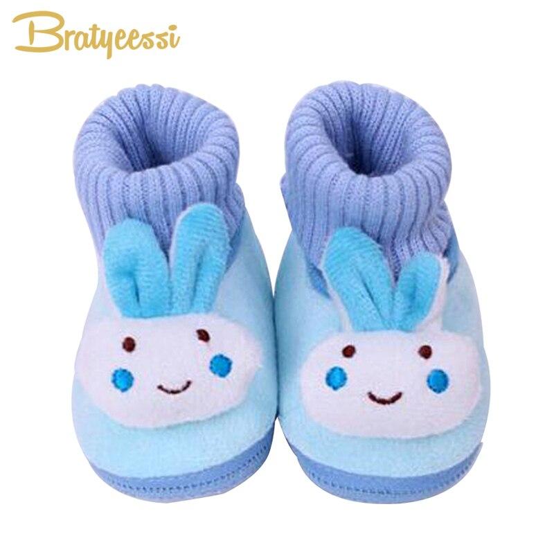Мультфильм кролик для маленьких девочек Обувь мягкого флиса детские мокасины Нескользящие новорожденных зимние тапочки Носки для девочек ...