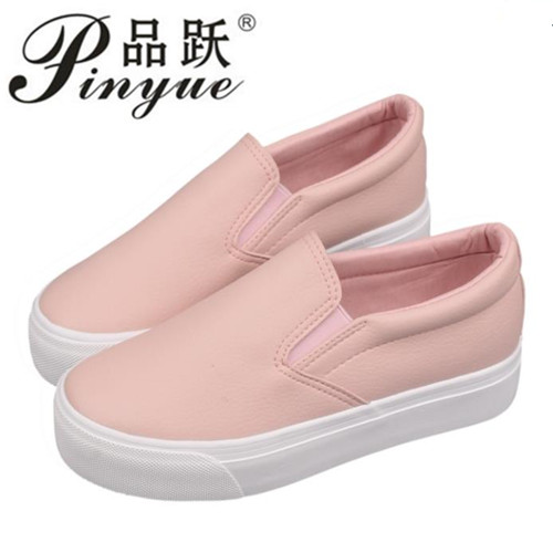 NEW hot 2018 fashion Brand Women cartoon Loafers Flats Shoes Woman Casual Slip on Platform Shoes Ladies Comfort shoes Size 35-40 2017 summer hot sale pregnant women flats loafers shoes leather slip on shallow mouth pointed casual single shoes eu size 35 40
