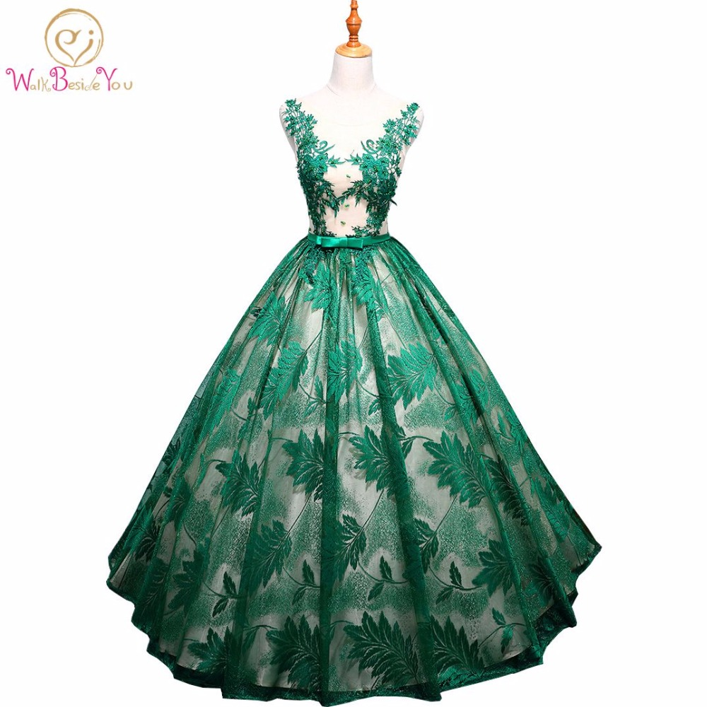 Walk Beside You Vestidos Para Quinceaneras Dresses 2017 Sweet 16 Ball Gown Green Lace Red Navy Blue Party Gowns