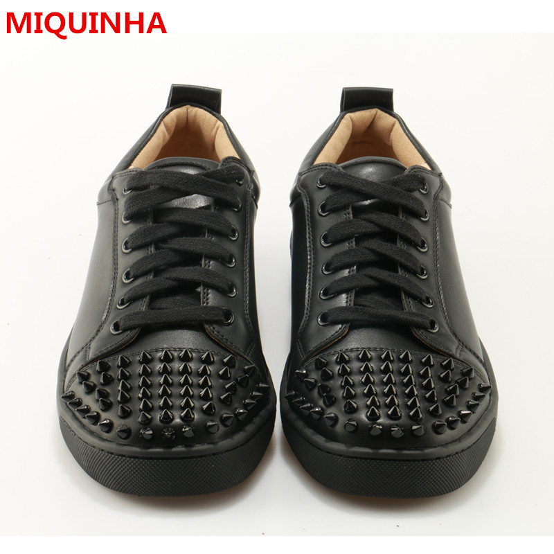 2017 Shoes Man Plus Size Shallow Lace Up Casual Flats Designer Man Rivets Shoes Round Toe Stree Dance Shoes Men Cozy Flats Tide new stylish man shoes lace up round toe comfort breathable shoes for man casual flats loafers chaussure homme free shipping