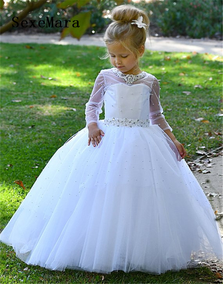 цены на White Flower Girl Dress for Wedding Long Sleeve Girls First Communion Dress Lace Pearls Beading Christmas Dress Birthday Gown в интернет-магазинах