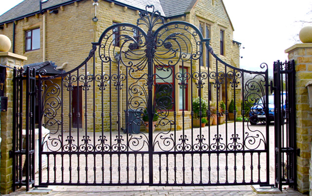 Wrought Iron Gates And Railings Black Metal Gate Chain Link Fence Gate