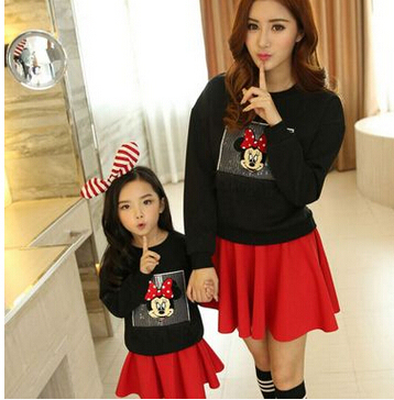 Family clothing girls aumtumn Set Brand New Baby Mom Set Mickey hoodies And Skirt Mother And Daughter Clothes 2 Piece Cartoon