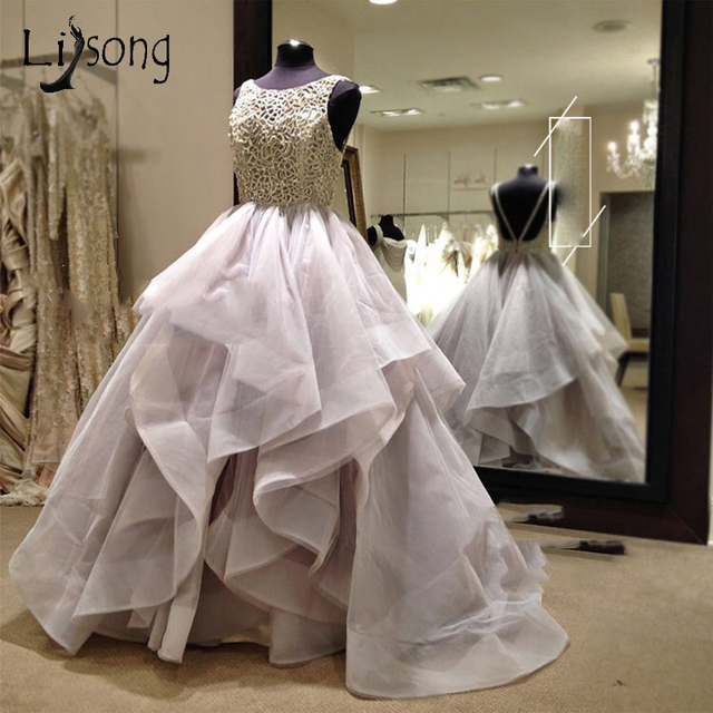 Pretty Backless Ruffles Wedding Dresses 2018 Sexy Beach Puffy Bridal Gowns  Crystal Lace Beaded Ball Gowns a67fbee65bf4